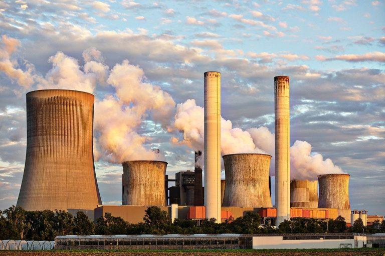 Niebezpieczny smog – jak minimalizować ryzyko i dbać o zdrowie najbliższych