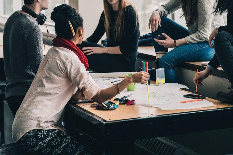Wyjazd integracyjny dla firmy – kilka słów o organizacji