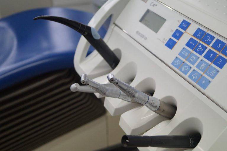 Dobra przychodnia stomatologiczna. 3 najważniejsze kryteria