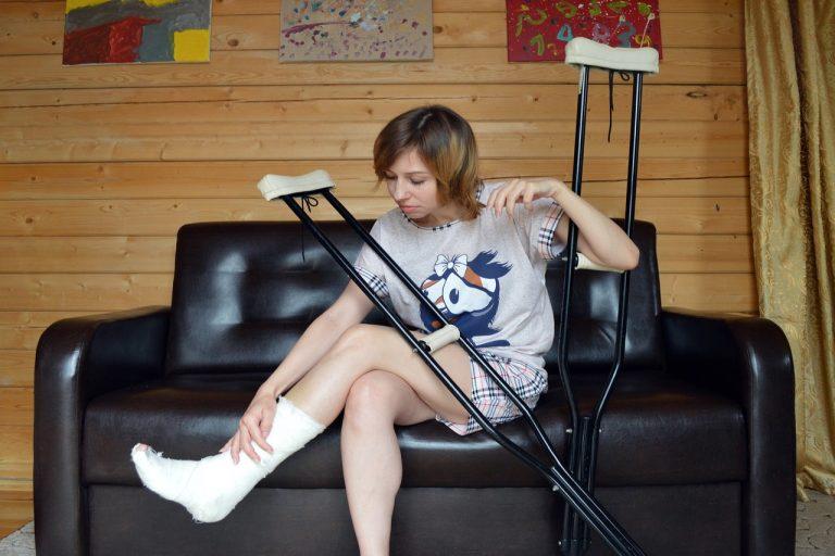 Złamanie nogi – jak szybciej wrócić do zdrowia?