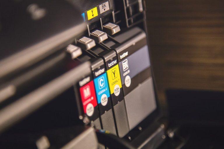 Czym się kierować przy wyborze drukarki przemysłowej?