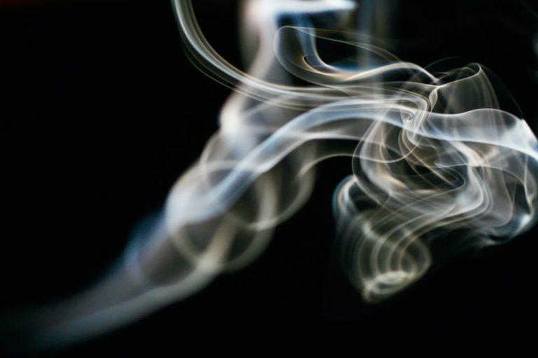 Dyskretne woreczki nikotynowe – alternatywa dla papierosów