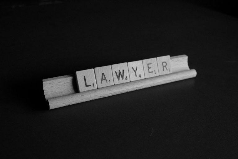 Ile kosztuje porada w kancelarii prawnika?